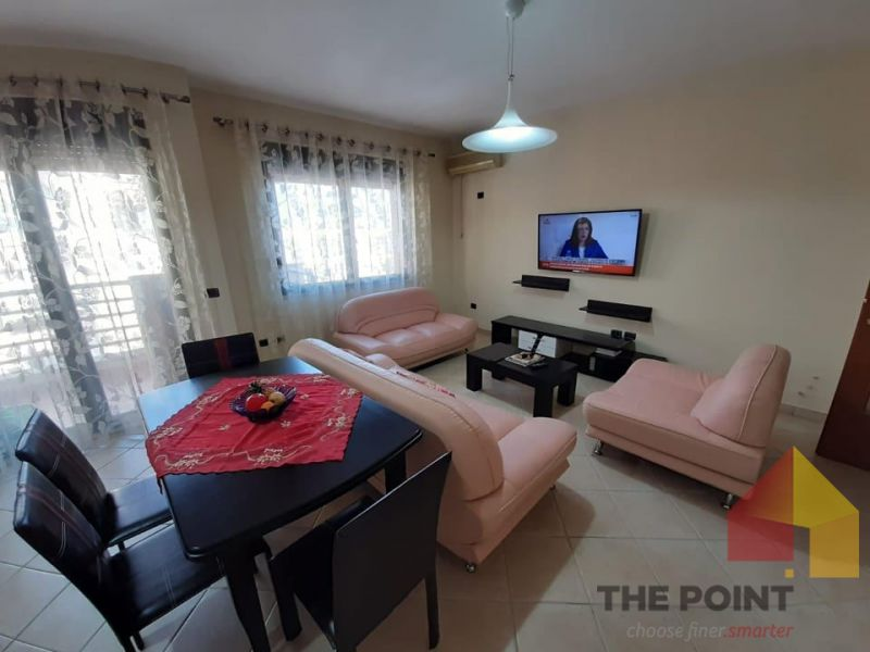 Apartment 2+1+garage for rent at Qender