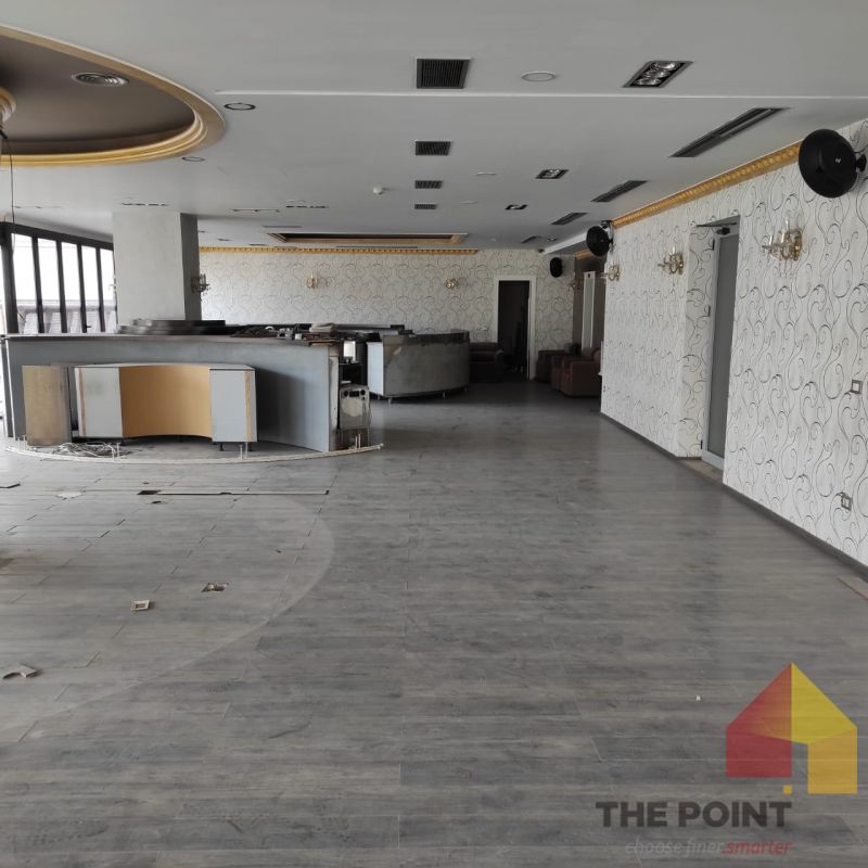 Commercial open space for rent at Astiri